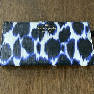 Never Been Used Kate Spade Wallet!
